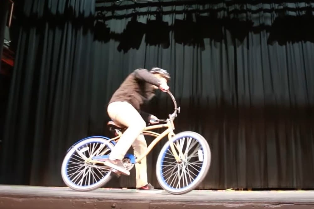 Demonstration der Neuroplastizität anhand eines umgebauten Fahrrad