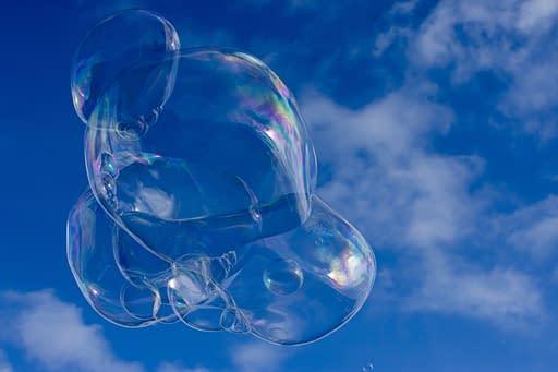 3 dimensionale Hüllflächen einer Seifenblase