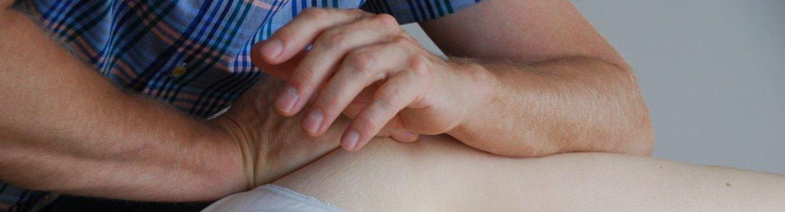 Rolfing Methode Faszientherapie Behandlung Hüfte